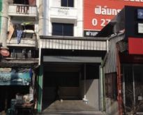 ตึกแถว 5 ชั้น ให้เช่า ทำเลดี ริมถนนศรีนครรินทร์ แยกศรีอุดม